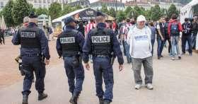 Привычки российских туристов за которые их ждет тюрьма или огромный штраф в зарубежных странах