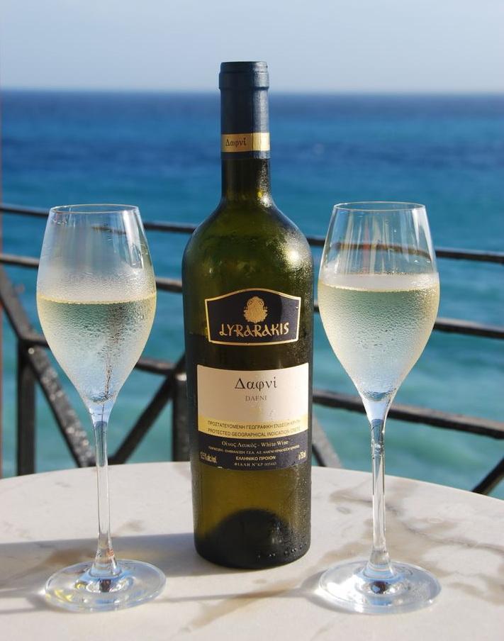 Вино Дафни (Крит)