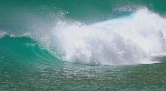Волны на Наи Харн (Пхукет)