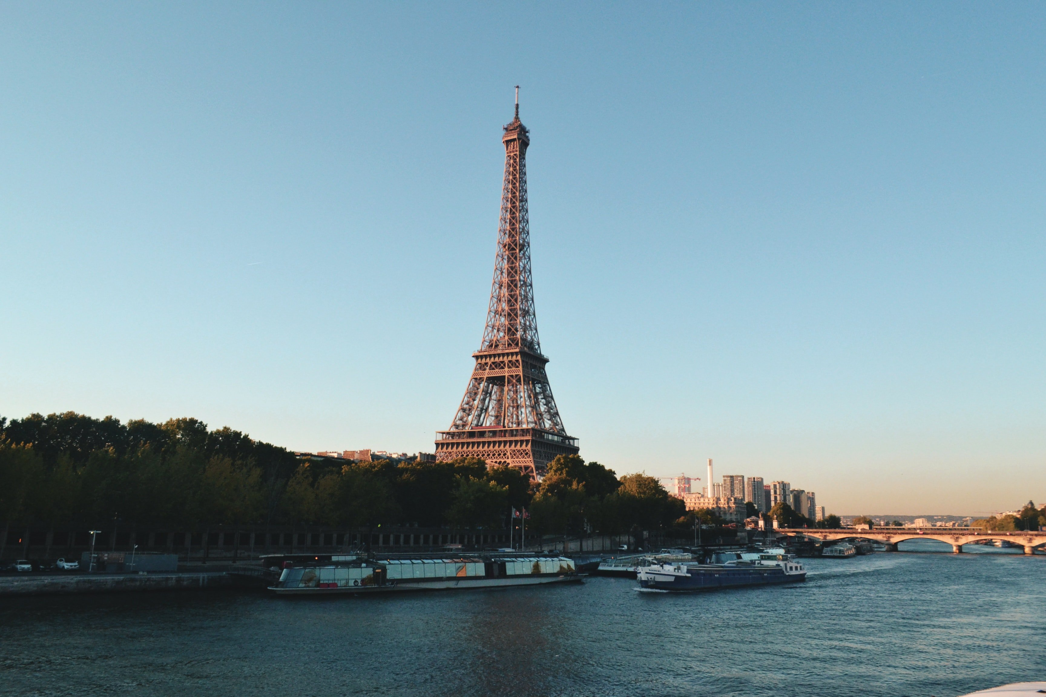 Как я дешево съездил во Францию