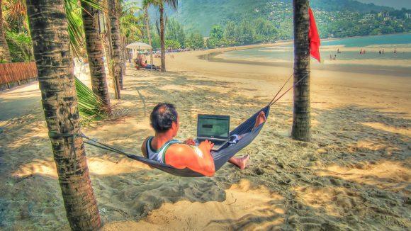 работа в Таиланде фрилансером
