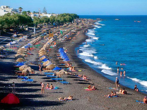 Пляж Камари (Санторини)