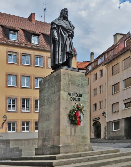 Памятник Дюреру