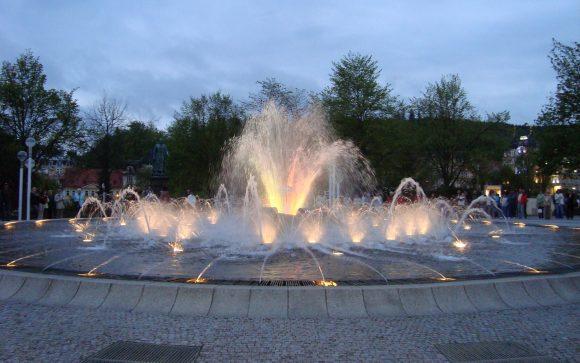 Марианские Лазни. Поющий фонтан