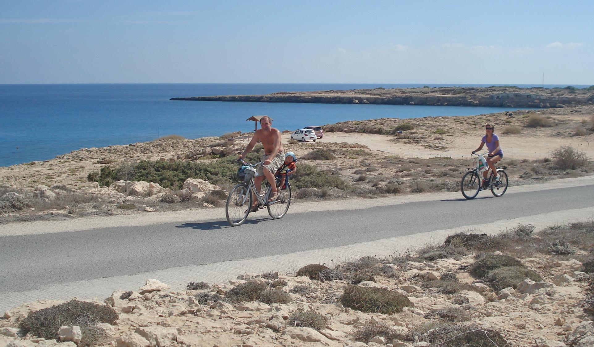 Семейная велопрогулка на мыс Греко